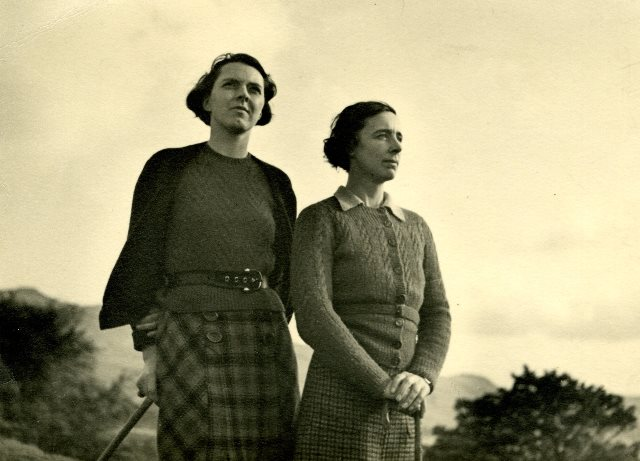 Photograph of Marie Hartley and Ella Pontefract
