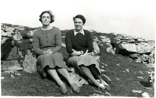 image of Ella and MArie